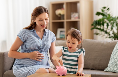 Save Money and Be a Stay at Home Mom